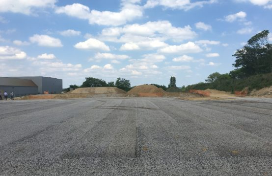 Terrains – 8.837 m² divisibles à partir de 1620 m²