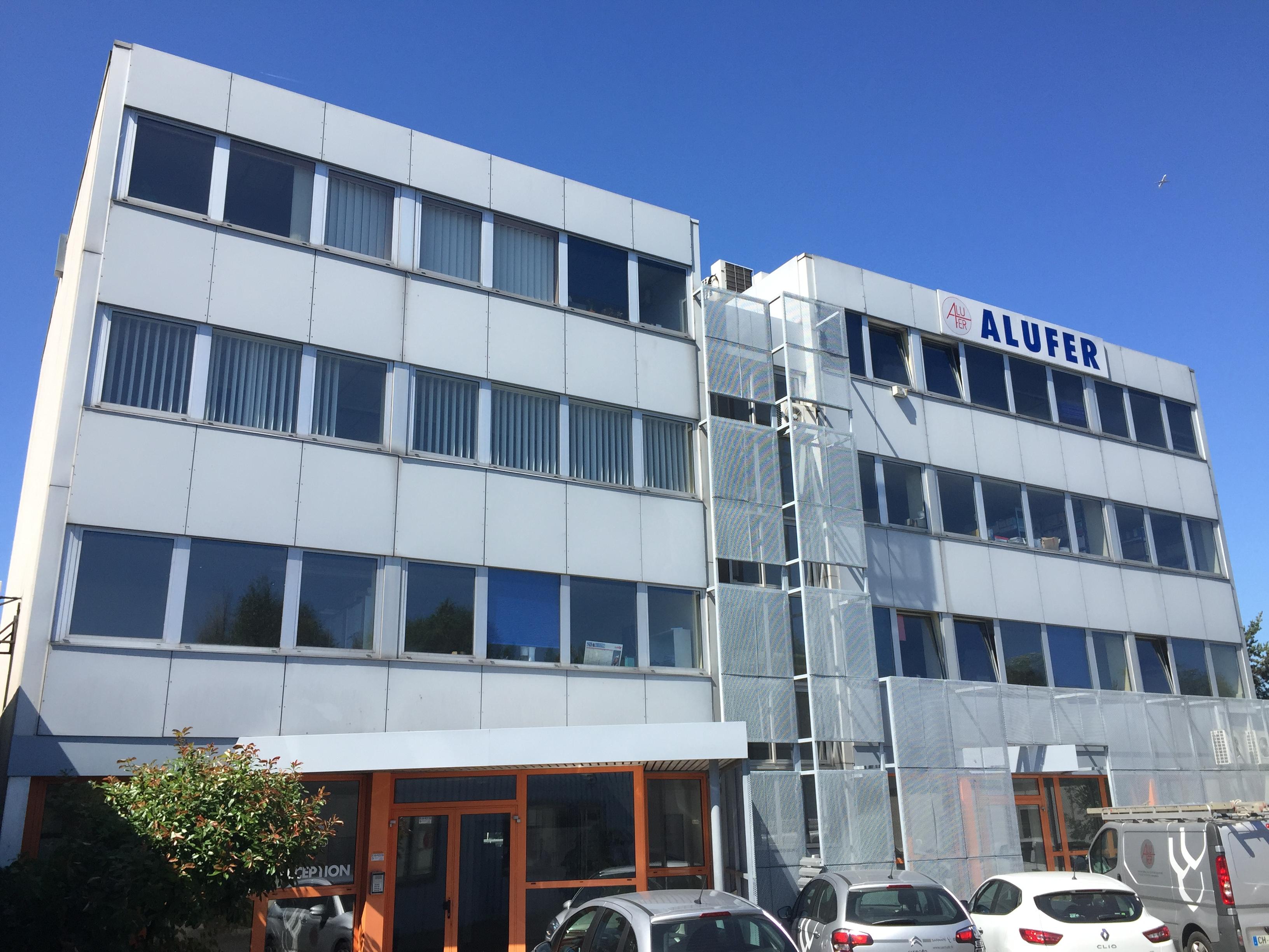 Bureaux proche A115 – 254 m² divisibles