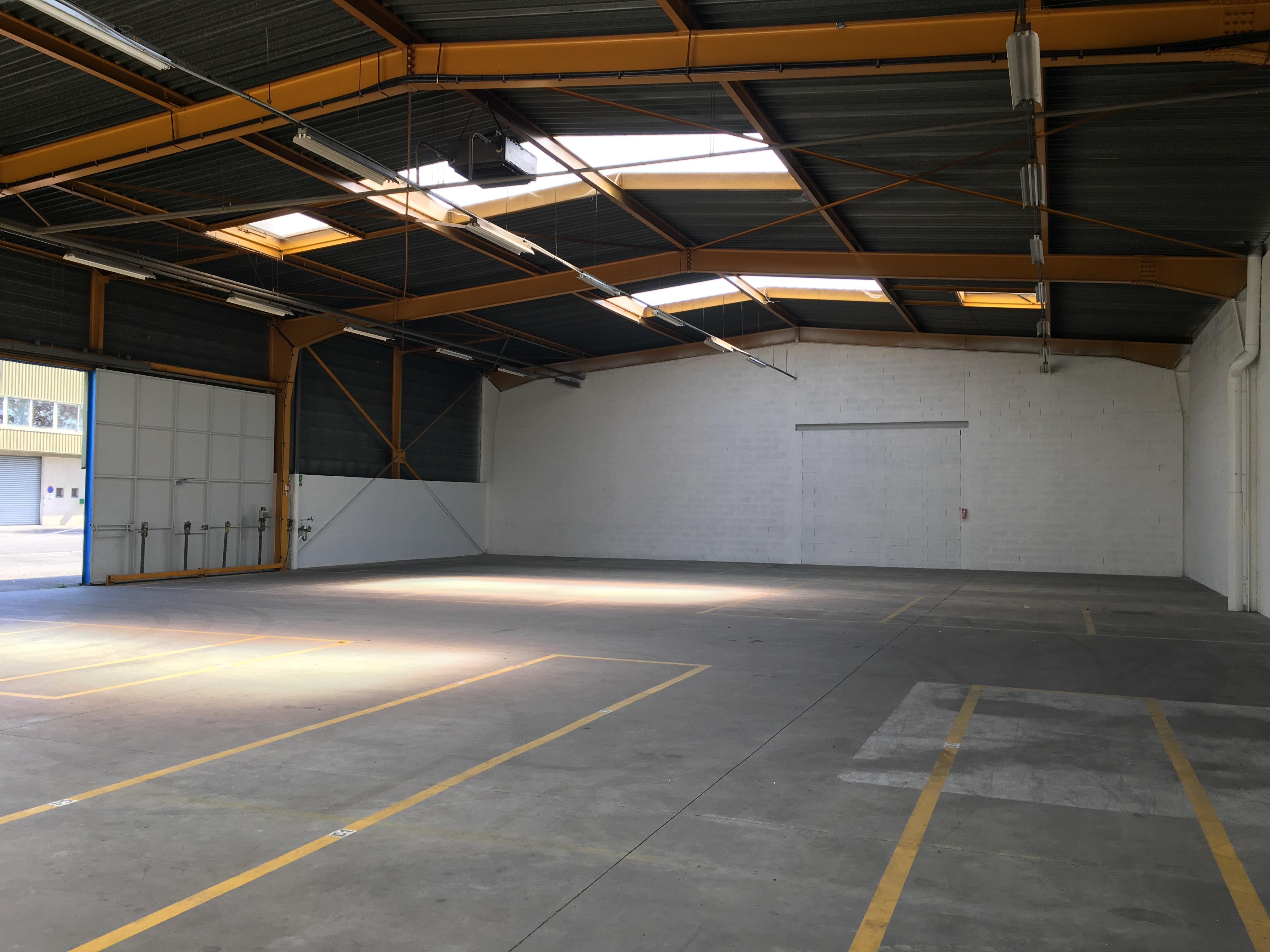 Local d'activités – Entrepôt de 600 m²