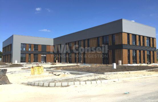 Locaux avec visibilités en RDC – 451 m² divisible à partir de 215 m²