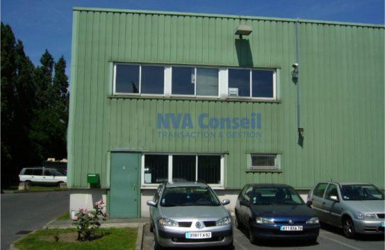 Locaux d'activités avec bureaux – 785 m² div. à partir de 340 m²